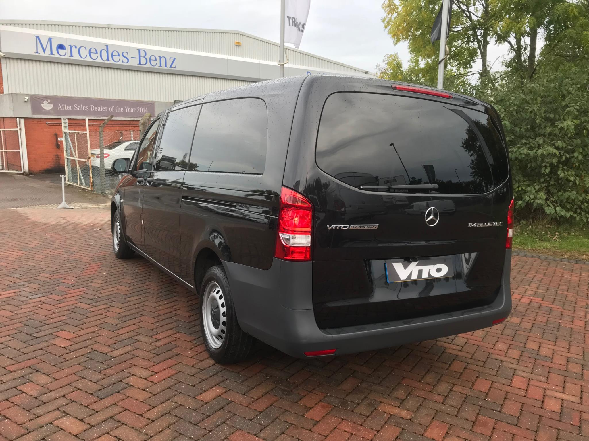 Mercedes benz vito 114 bluetec tourer pro bell truck and van for Mercedes benz vito tourer