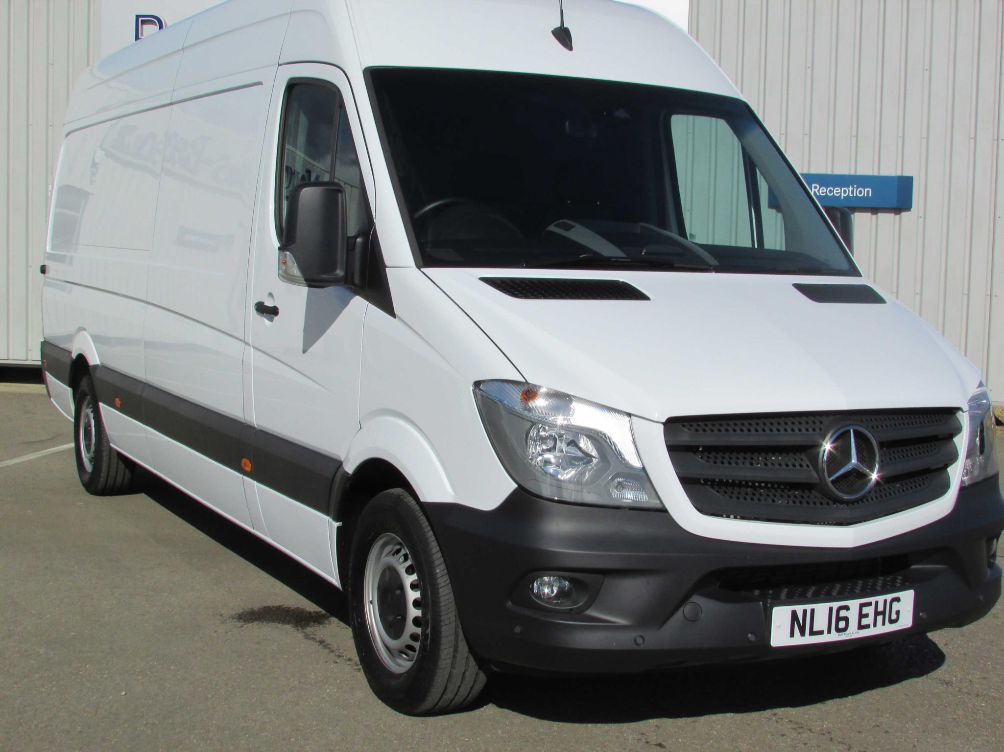 Mercedes benz sprinter 313cdi van bell truck and van for Used mercedes benz van