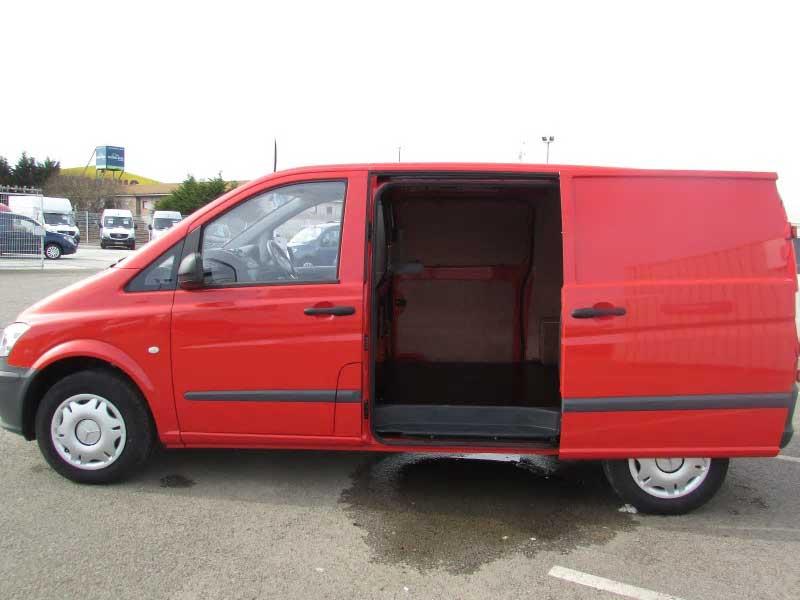 Mercedes benz vito 110cdi van bell truck and van for Mercedes benz used vans
