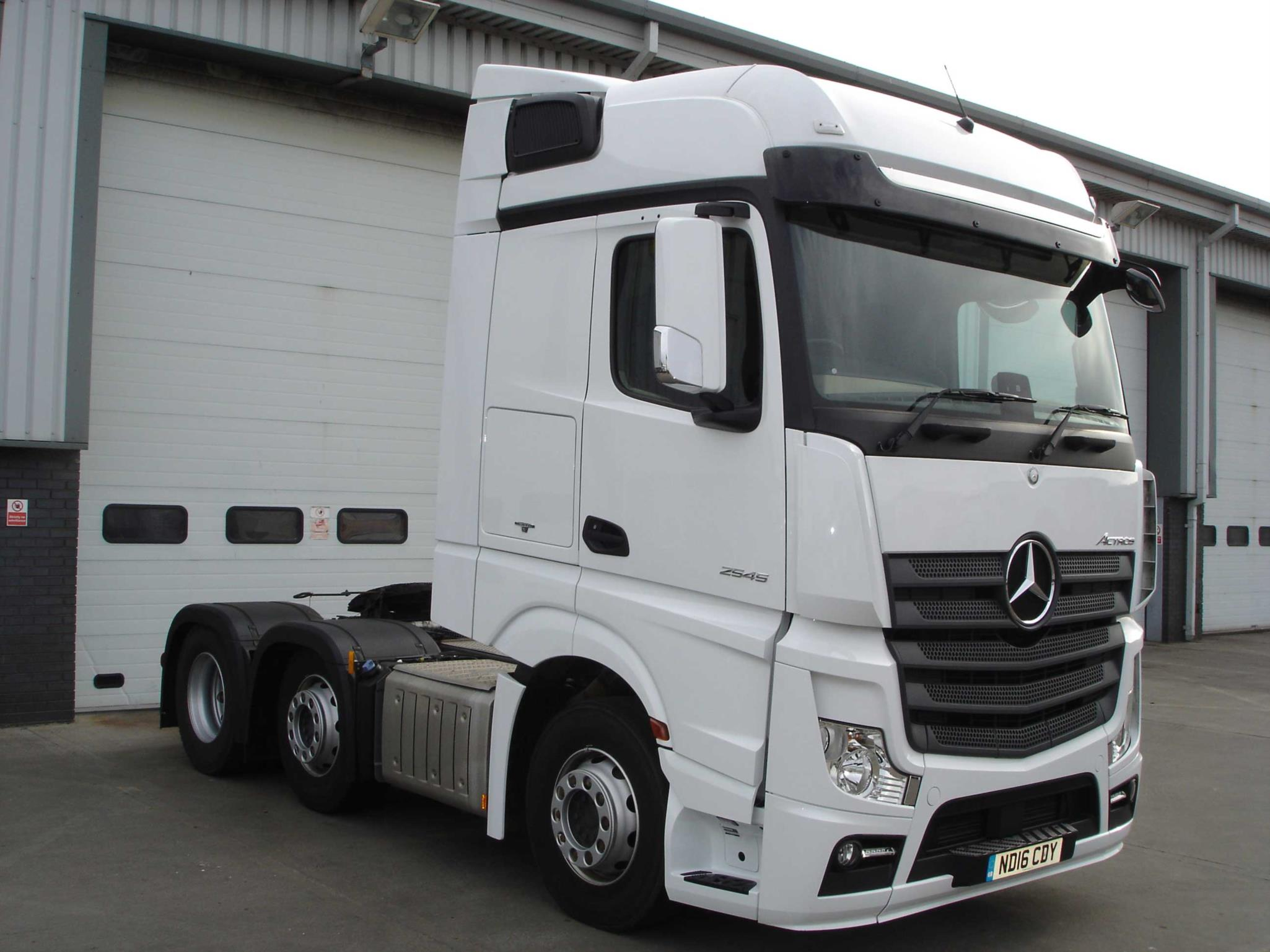 mercedes benz actros 2545ls tractor unit bell truck and van
