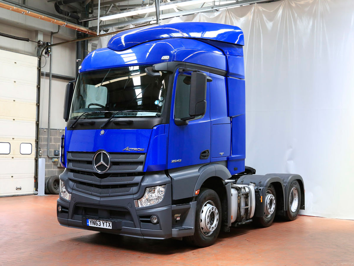 Mercedes benz actros 2543ls tractor unit bell truck and van for Mercedes benz astros