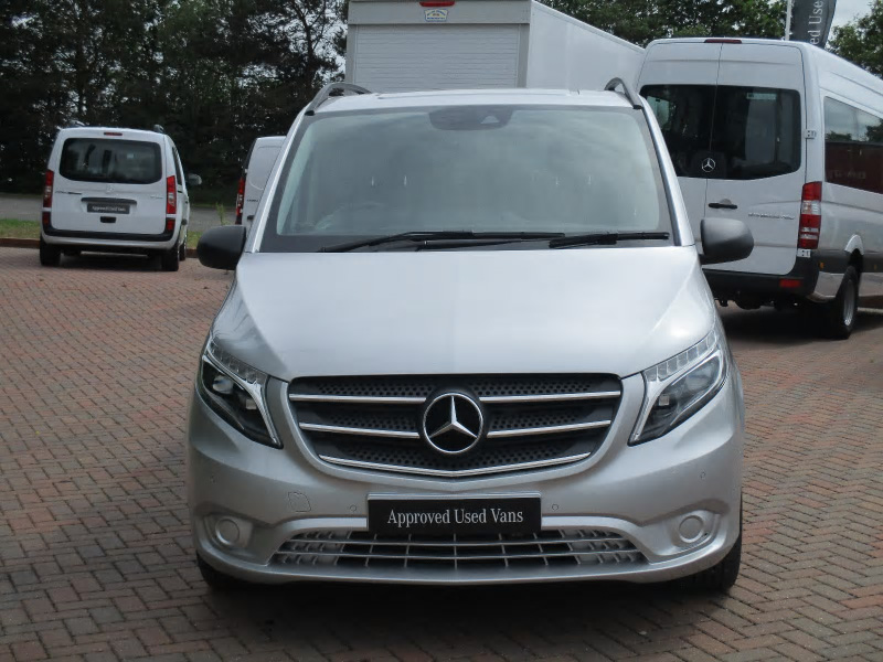 Mercedes benz vito 119 tourer select bell truck and van for Mercedes benz vito tourer