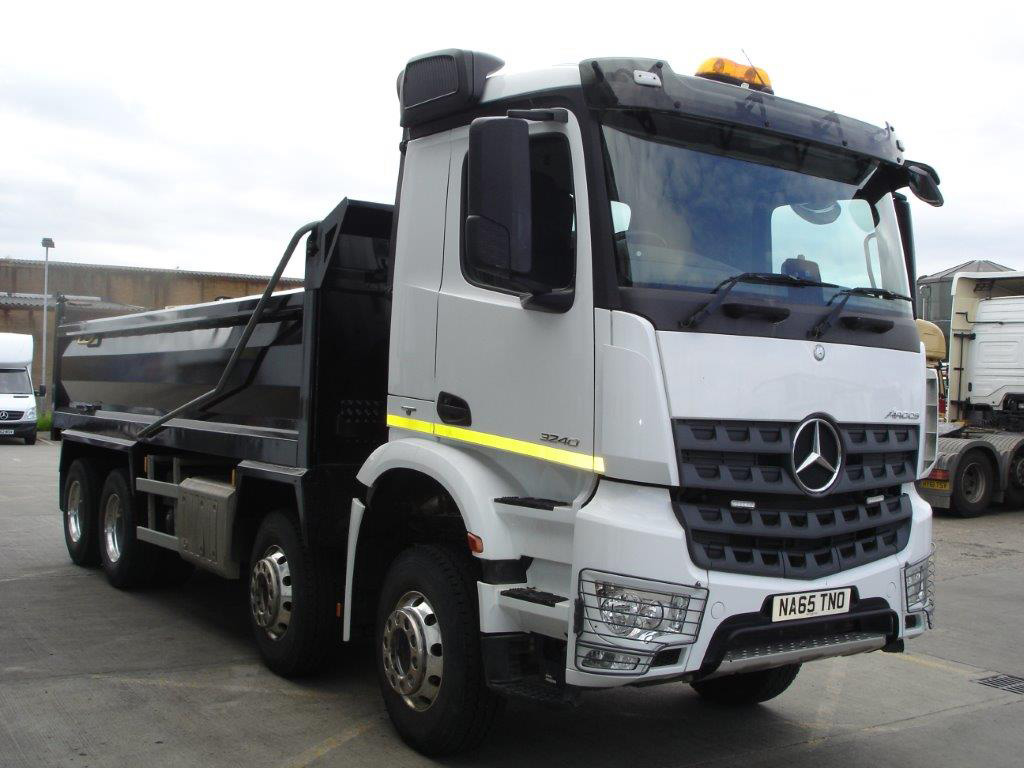 Mercedes benz arocs 3240k tipper bell truck and van for Mercedes benz trucks