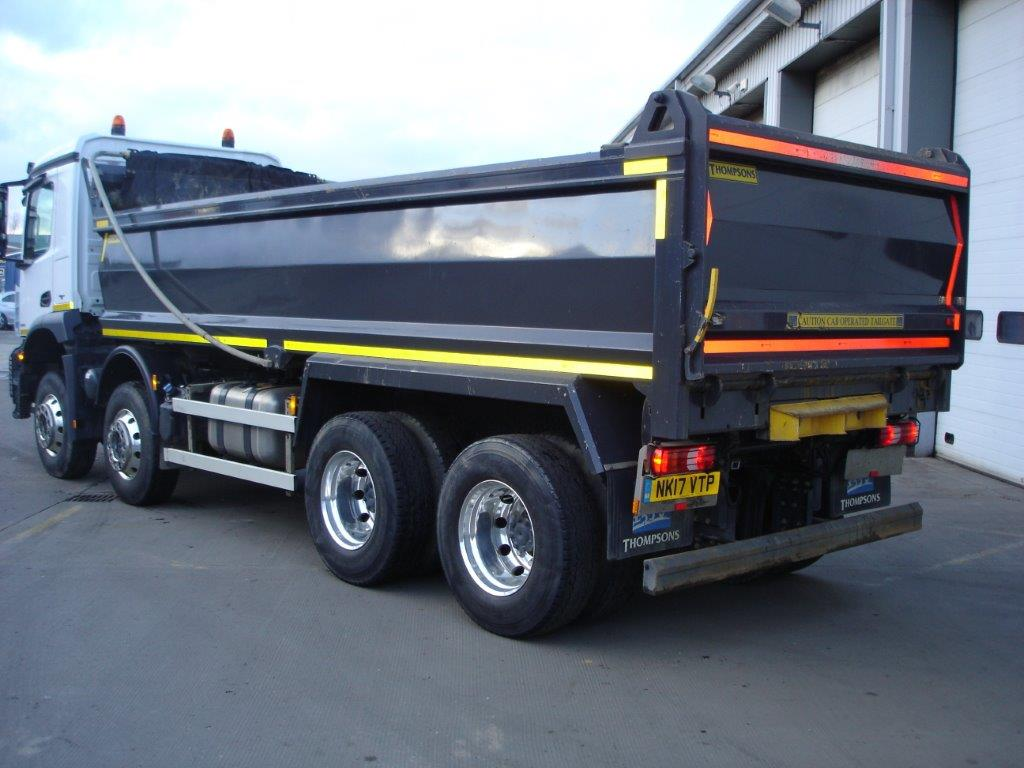 mercedes benz arocs 3243k tipper bell truck and van. Black Bedroom Furniture Sets. Home Design Ideas