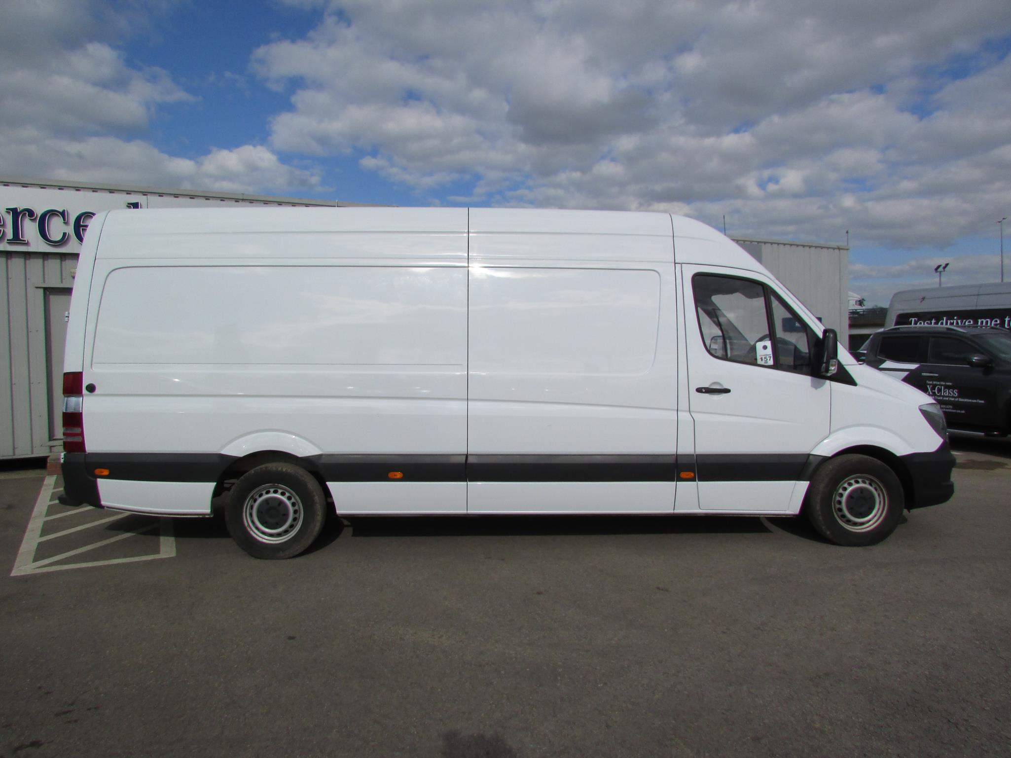 mercedes benz sprinter 313cdi van bell truck and van. Black Bedroom Furniture Sets. Home Design Ideas