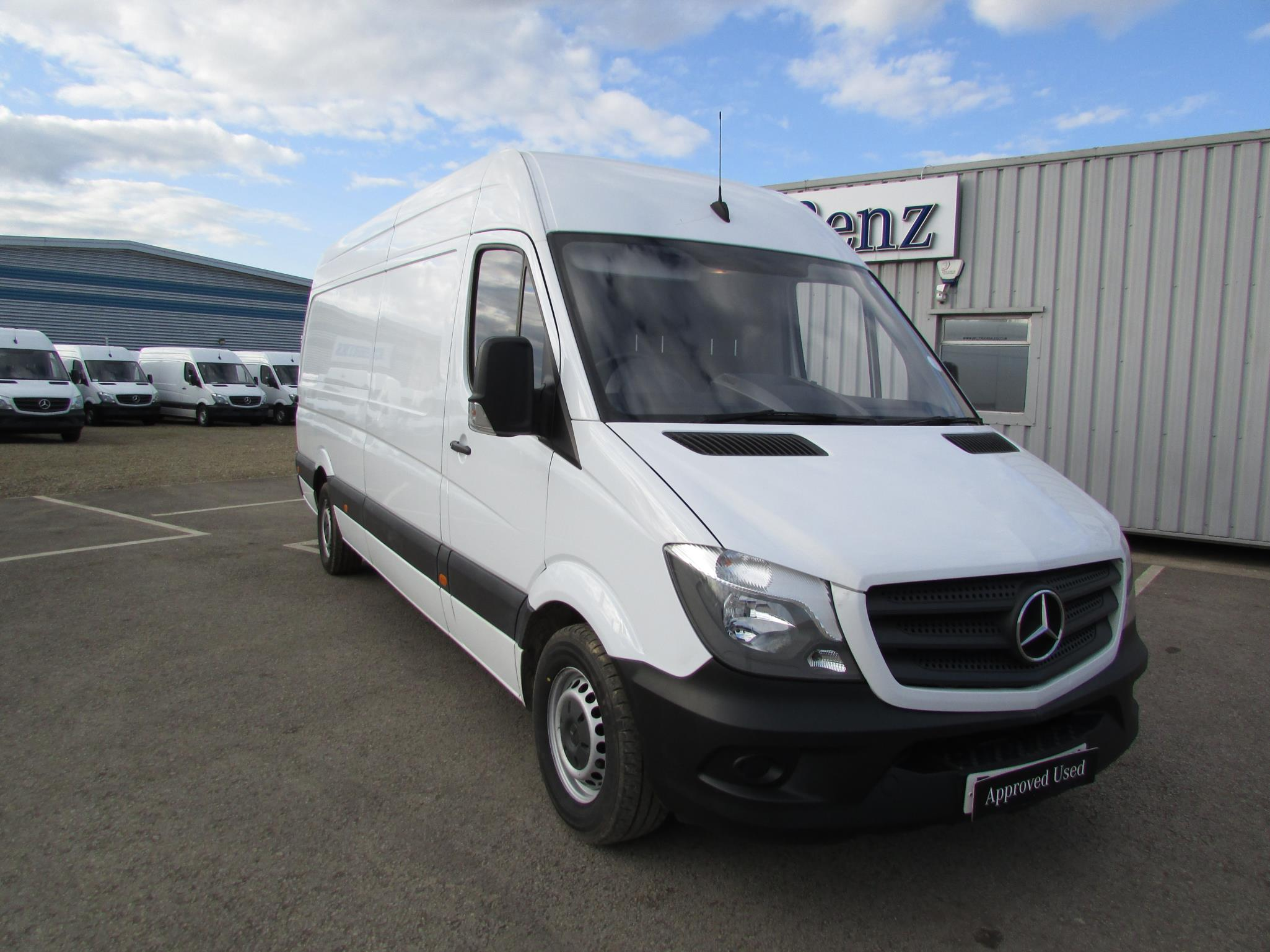 Mercedes benz sprinter 313cdi van bell truck and van for Mercedes benz insurance